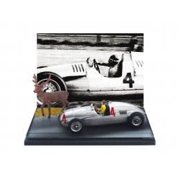 AS25 AUTO UNION TIPO D 1938 NUVOLARI + CERVO